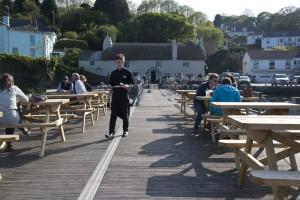 Waiter pontoonSM